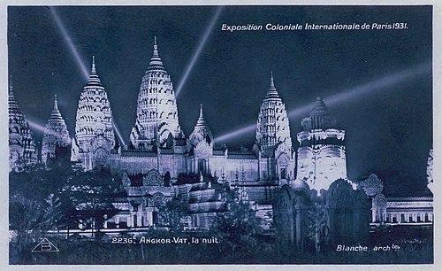 Expo 1931 Angkor nuit.jpg