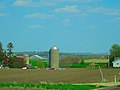 Farm East of Ashton Corners - panoramio.jpg