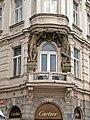 Fassade mit Atlanten am Altstädter Ring (Staroměstské náměstí), Praha, Prague, Prag - panoramio.jpg