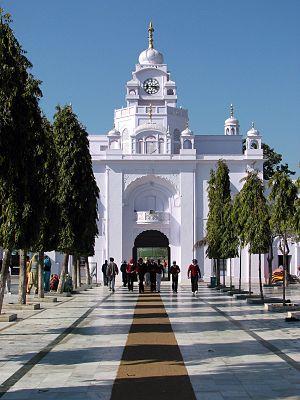 Fateh Singh (Sikhism) - Fatehgarh Sahib Gurdwara, Punjab, built to pay homage to the martydom of Sahibzada Zorawar Singh and Sahibzada Fateh Singh