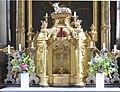 Feldkirchen Pfarrkirche - Michaelsaltar 2 Tabernakel.jpg