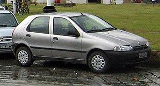 Fiat Palio - Image: Fiat Palio in Paraty