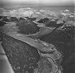 Field Glacier, valley glacier terminus, August 27, 1969 (GLACIERS 5223).jpg