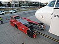 Flugzeugschlepper JBT aerotech Jerez dlF.jpg