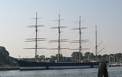 Flying P-Liner Passat ship in Travemünde.jpg