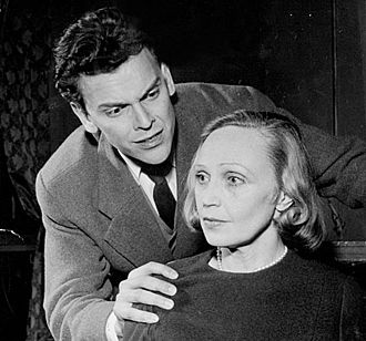 Folke Sundquist - Sundquist with Inga Tidblad in Kameliadamen, 1956.