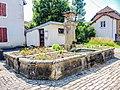 Fontaine, ancien lavoir-abreuvoir. Courchaton.jpg