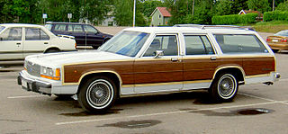 Ford Country Squire Motor vehicle