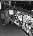 Fra sidegalleriet på hovedlesesalen, Universitetsbiblioteket, 1988 (9545301840).jpg