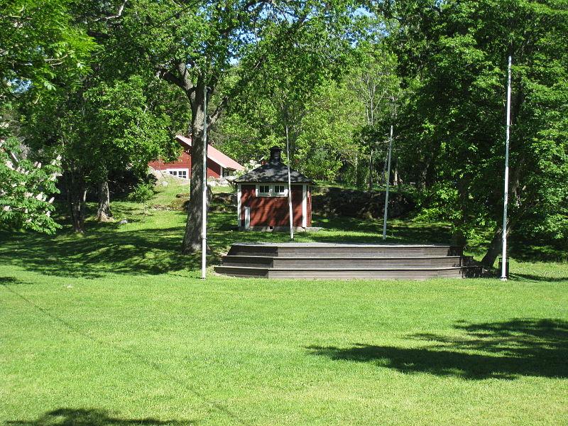 Görvälns gård, parken, 2015d3.jpg