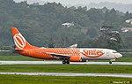 "GOL Boeing 737-800 PR-GIT ""Smiles"" livery (24192683442).jpg"