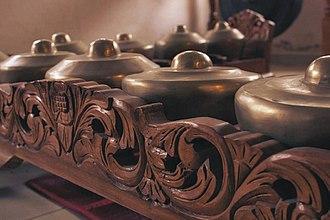 Bonang - saron gamelan degung barudak Indra Swara Mexico