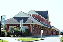Gare du CN de Sherbrooke.jpg
