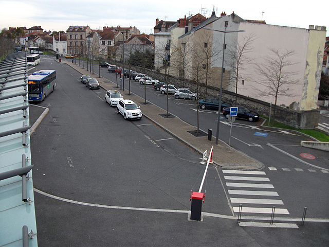 Vue de la gare routière de Vichy