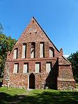 Garz Usedom Kirche Westgiebel.JPG