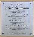Gedenktafel Pariser Str 4 (Wilmd) Erich Neumann.JPG