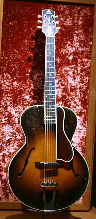Gibson - L-5 acoustic.