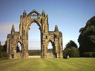 Guisborough - Image: Gisborough Priory (nez 202)