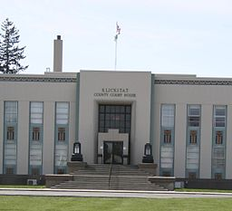 Goldendale WA - county courthouse.jpg