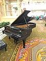 Grand Floridian Steinway Piano (31667719415).jpg