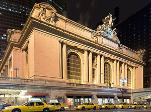 42nd Street (Manhattan) - Grand Central Terminal at night, as seen from the west on 42nd Street