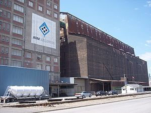 Great Northern Elevator - ADM sign painted on the adjoining building