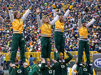 National Football League Cheerleading - The Packers collegiate squad in 2009