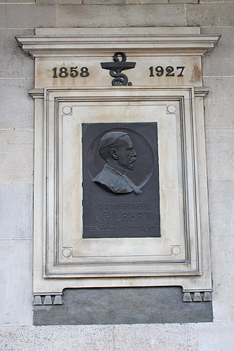 Augustin Nicolas Gilbert - Commemorative plaque of Professor A. Gilbert at Hôtel-Dieu in Paris.