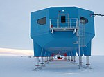 Halley VI Antarctic Research Station - end elevation.jpg