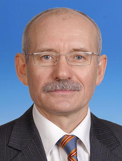 Хамитов посоветовал малому бизнесу требовать скидки по земельным налогам