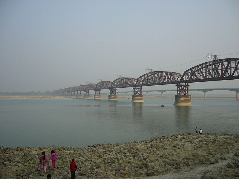 Hardinge Bridge Bangladesh (2).JPG