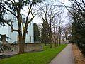 Haus Weitmar Kubus und Sylvesterkapelle.jpg