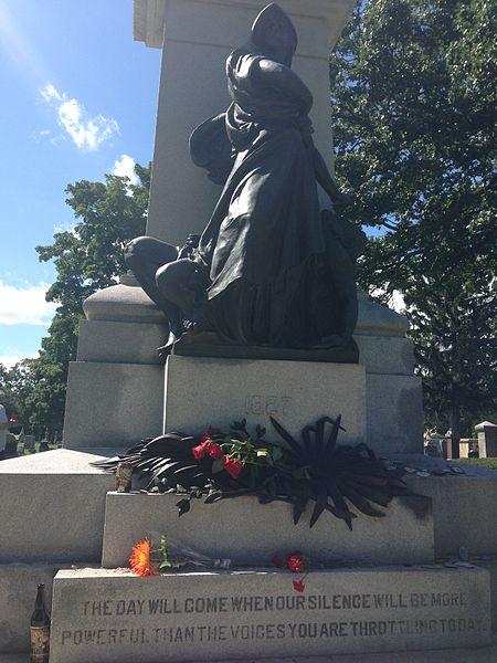 File:Haymarket Martyrs' Monument.JPG