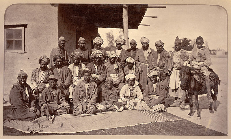 Fil:Hazaras of Afghanistan in 1879-80.jpg