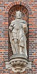 Henry the Fowler from the Old City-Hall, Hamburg.jpg