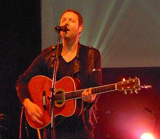 Reuben Morgan - Reuben leading worship in Australia