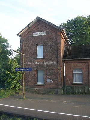 Himmelpforten - Himmelpforten station is almost at the middle of the Niederelbebahn.