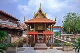 Ho trai Wat Apson Sawan (II).jpg