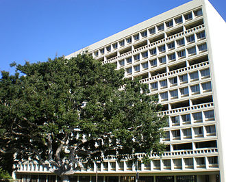 University of Hawaii at Manoa - Hale Mānoa Dormitory, East-West Center designed by I. M. Pei
