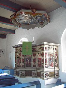 Hooge church pulpit.jpg