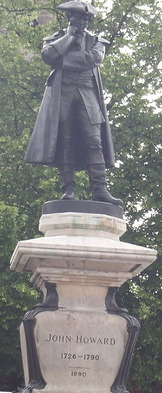 John Howard (prison reformer) - Statue of John Howard, Bedford