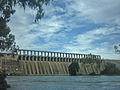 Hume Dam (June 2004).jpg