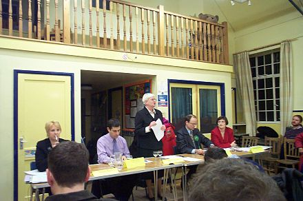 A pre-election husting at the Oxford West and Abingdon constituency, England. Hustings Oxford West and Abingdon 20050204.jpg
