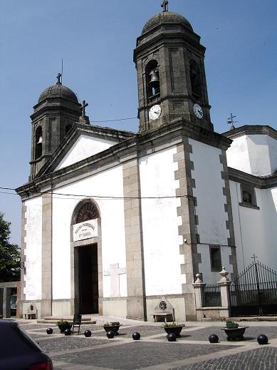 Igrexa de Santa María.