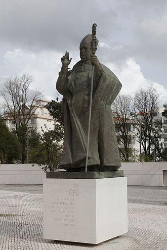 José Alves Correia da Silva - Statue of D. José Alves Correia da Silva in the Sanctuary of Our Lady of Fátima