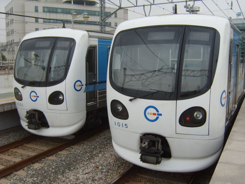 IncheonRapidTransitCorporation-train-1021-1015.jpg