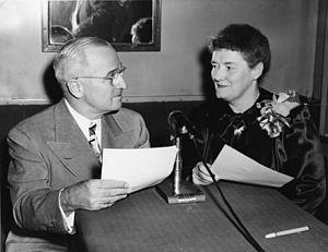 India Edwards - Image: India Edwards & Harry Truman 1948