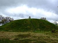 Inglinge Hog a burial mound (150424061).jpg