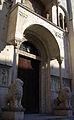 Ingresso del Duomo con leoni.jpg