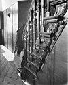 interieur. gebeeldhouwde trapleuning - arnhem - 20025233 - rce